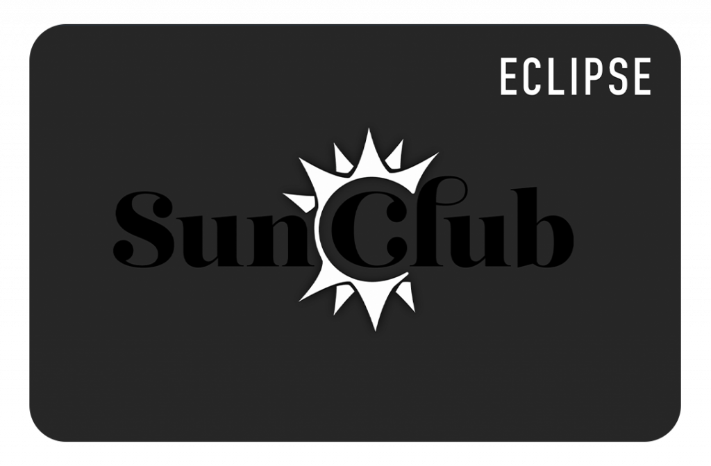 A black club card